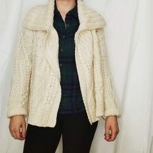 100% Merrio Wool Knit Sweater Carraigdon